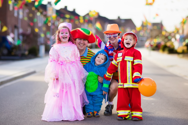 Halloween events around Dripping Springs, Dripping Springs master-planned community, Caliterra, Austin Halloween events, Boo at the Zoo, Austin Zoo, Halloween Hootenanny, Thinkery, Howl-O-Scream, Proof and Coopers Annual Pumpkin Patch and Fall Festival