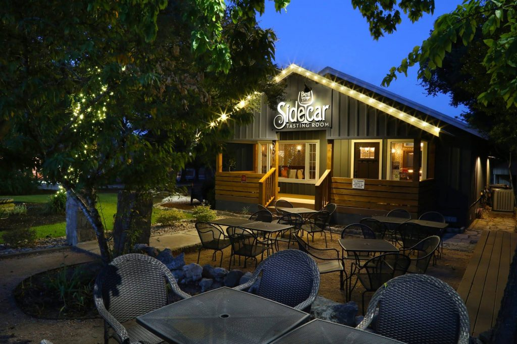 dripping springs tx, caliterra dripping springs, date night spots dripping springs, things to do near caliterra, caliterra, sidecar tasting room
